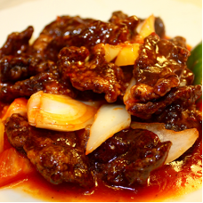 Sliced Crispy Beef in Sweet & Chilli Sauce